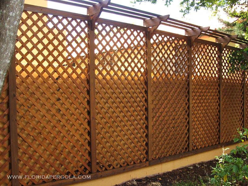 Residential florida pergola for Lattice screen fence